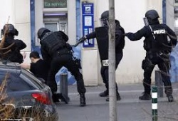 Bulgaria: Hostage Situation in Paris, Suspect Arrested after 4 Hours