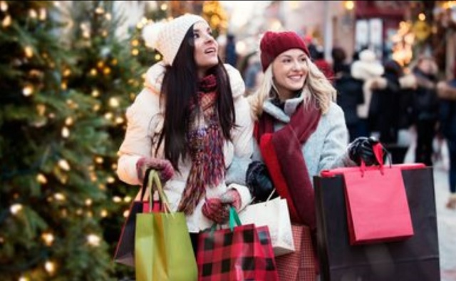 Bulgaria: Bulgarians will Spend a Quarter of their Salary for Christmas Presents