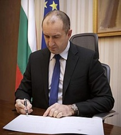 Bulgaria: Bulgaria's President Expressed Support for the Demands of the Bulgarian Hauliers