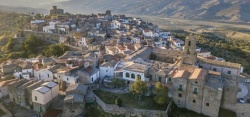 Airbnb Will Pay 4 People to Live Amongst Locals in a Remote Italian Village for 3 Whole Months