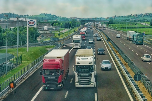 Bulgaria: Traffic Police Operation For Control of Trucks and Buses Begins