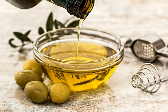 Bulgaria: The Active User Association Established Imitations of Quality Olive Oil on the Bulgarian Market