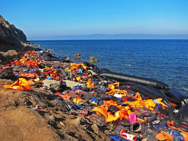Bulgaria: EU Suspends Naval Patrols in Libya Migrant Operation