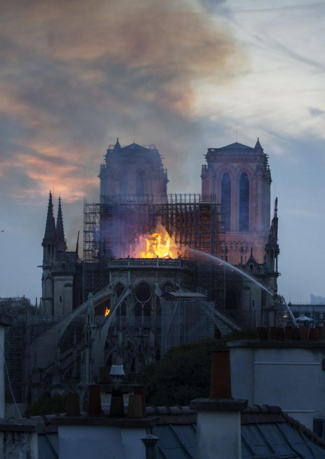 Bulgaria: Notre-Dame Big Fire: Most Valuable Artifacts have been Saved, Macron Pledges to Reconstruct Cathedral
