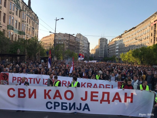 Bulgaria: Again Thousands Protested in Belgrade