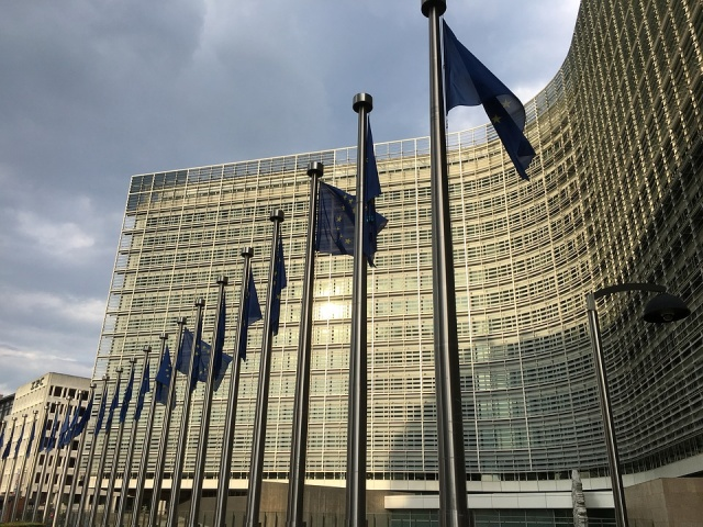 Bulgaria: The EC Has Threatened Romania with Art. 7 of the EU Treaty Because of the Rule of Law