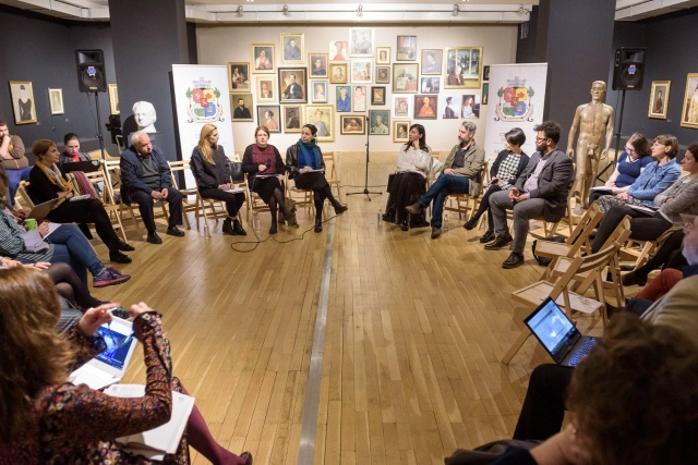 """Bulgaria: Artists Discussed the """"Strategy for the Development of Culture in Sofia 2013-2023"""""""