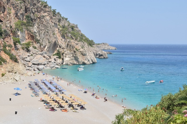 Bulgaria: Survey: Over 50% of Bulgarians Can not Afford a Vacation this Summer