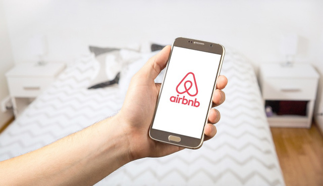 Bulgaria: Airbnb Expects to Go Public in 2020