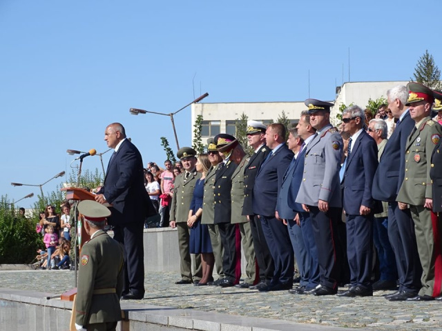 Bulgaria: Borisov: Nearly BGN 4 billion Will be Spent on Defense This Year