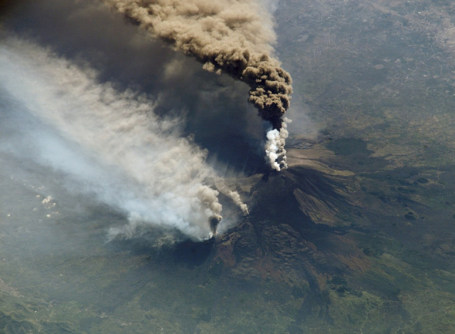 Bulgaria: The Etna Volcano Erupted Again