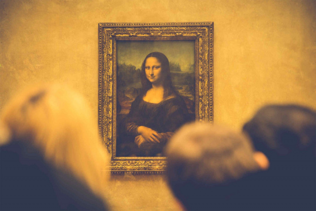 Bulgaria: Suggestion: France to Sell the MONA LISA  for €50 Billion to Deal with Economic Crisis