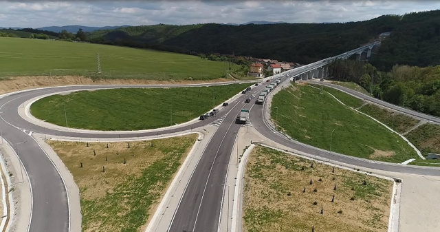 Bulgaria: PM Boyko Borrisov: How Difficult it is to Build a Bridge and How Fast You Cross It