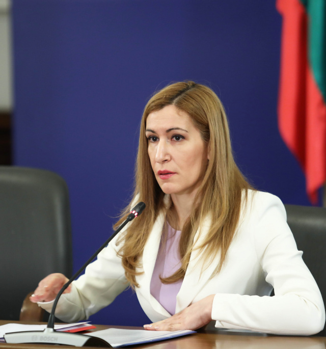 Bulgaria: Tourism Season 2020: Bulgaria's Tourism Minister Angelkova at a Meeting in Sunny Beach