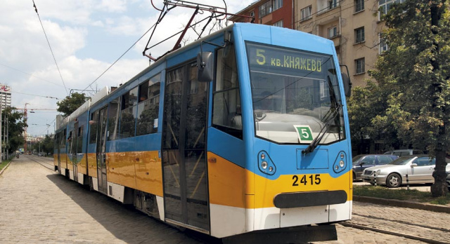 Bulgaria: Bulgaria: Woman Dies After Being Hit by Tram in Sofia