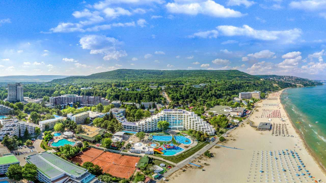 Bulgaria: Two-Thirds of Hotels in Bulgaria Empty in July, Turnover Down With 65%
