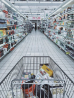 Bulgarian Retailers Propose to Drop Shopping Hours for Seniors Only