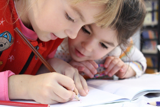 Bulgaria: Bulgaria: Schools in Burgas Go to Distance Learning from 6th to 12th Grade