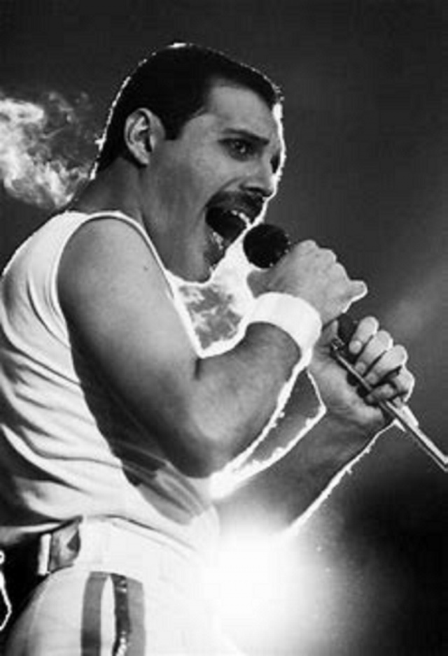 Bulgaria: Date to Remember: The World Lost Frontman of Queen Freddie Mercury 29 Years Ago