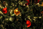 Bulgarians Set Aside 25% of Income for Christmas Spending