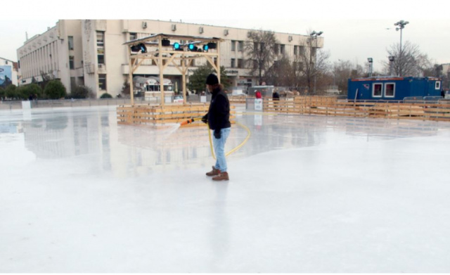 Bulgaria: Plovdiv Will Open Largest Public Ice Skating Rink in Bulgaria