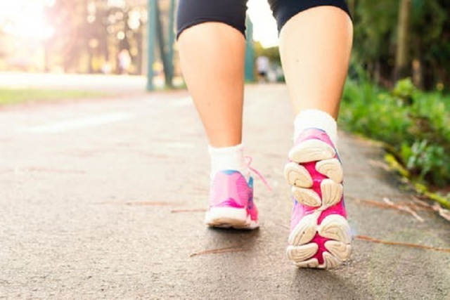 Bulgaria: Health Tips: How Walking Helps Stay Fit under Stay-at-Home Orders
