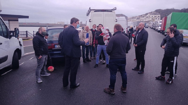 Bulgaria: Dozens of Bulgarians Arrive from UK Today, Others Still Stranded on Britain's Borders