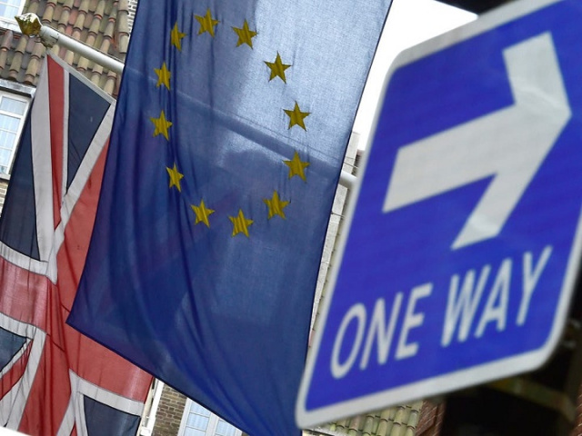 Bulgaria: Thousands of EU Citizens May Lose Long-Term Stay Status in UK