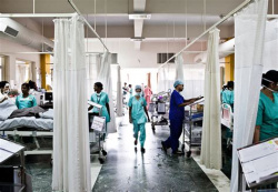 Bulgaria: Hospitals in India Overloaded as Country Sees Another Record Peak in Covid-19 Cases