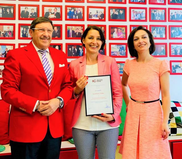 Bulgaria: Katja Kostova Awarded as the New Honorary Ambassador of Novinite 2020 in Culture Category