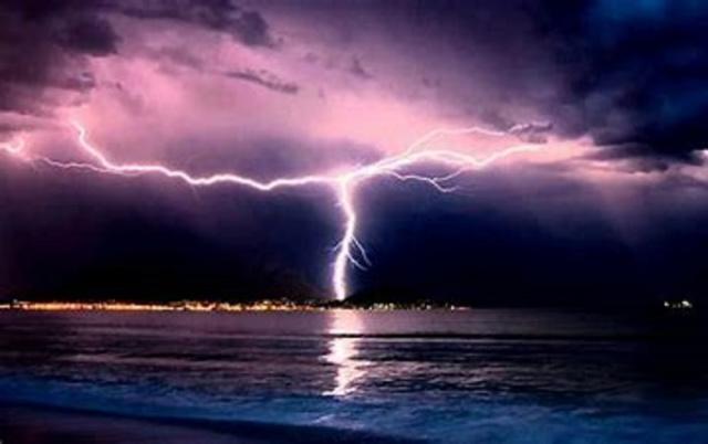 Bulgaria: Weather in Bulgaria: Code Orange Warning in Force for Four Eastern Regions