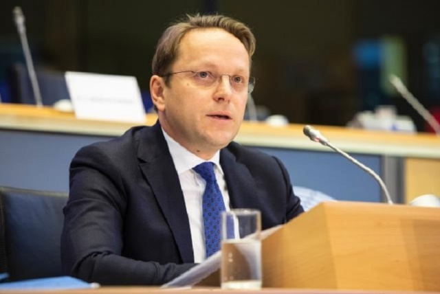 Bulgaria: EU Enlargement Commissioner Pays Working Visit to Bulgaria over North Macedonia Accession Talks