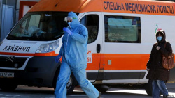 6 Hospitals Refused to Accept Woman with COVID, the Ambulance Circled Sofia for 3 hours